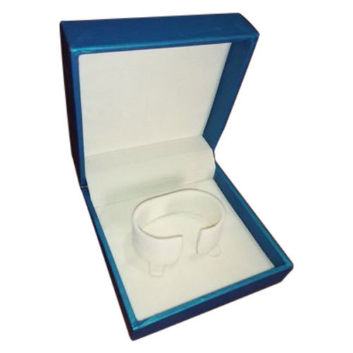RECTANGULAR BANGLE BOX
